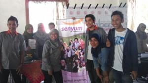 Awak Senyum Community berposes di booth SC, JNM.